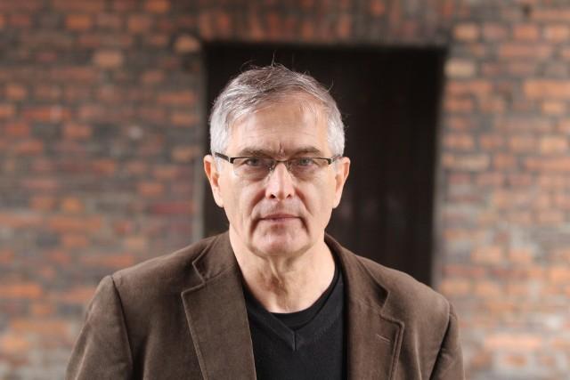 """Olgierd Łukaszewicz ma 71 lat i wiele interesujący ról filmowych. Jutro będzie można się z nim spotkać w Teatrze Dramatycznym, gdzie odbędzie się promocja jego  biografii """"Seksmisja i inne moje misje""""."""