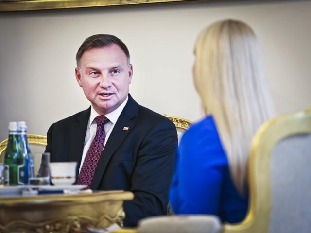 Andrzej Duda zapowiada, że w sprawie Lex TVN będzie kierować się zapisami konstytucji