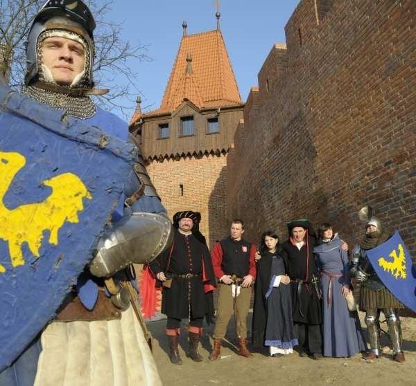 Opolscy rycerze będą od nowego roku strzec odnowionych fortyfikacji.