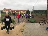 """W Baninie zorganizowano sadzenie roślin bez przestrzegania zasad sanitarnych? Sołtys: """"Niech ci ludzie zajmą się swoimi sprawami"""""""