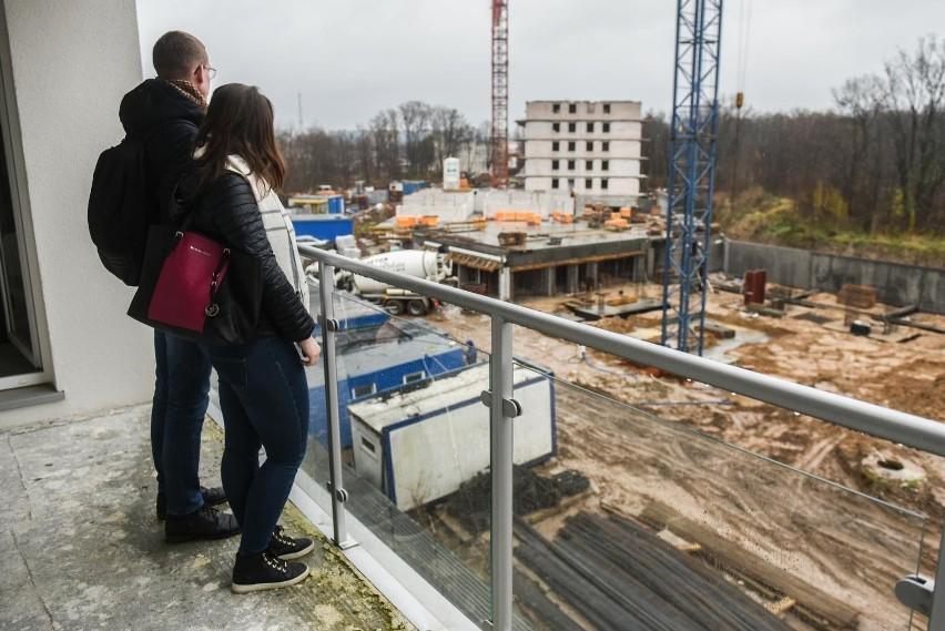 Coraz trudniej kupić nowe mieszkanie. Więcej chętnych niż lokali w ofercie