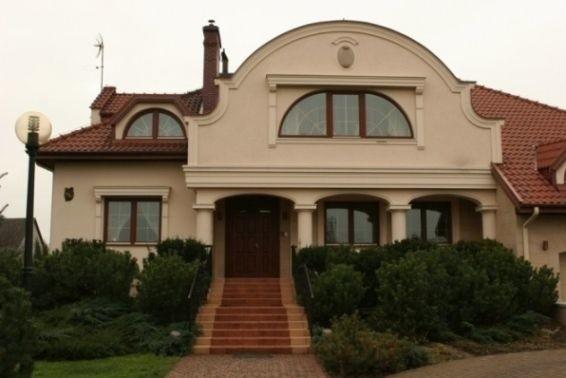 Okno ozdobą domu