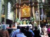 Wielkie uroczystości w różanostockim sanktuarium. W obecności nuncjusza apostolskiego i pielgrzymów Maryja dostanie nową szatę