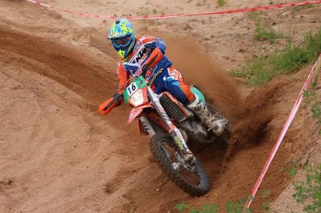 Maciej Giemza z Piekoszowa rywalizował w klasie junior E1.