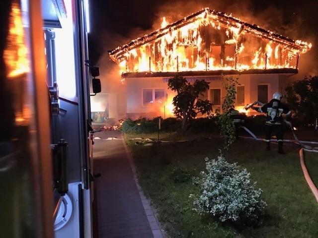 Pożar domu w Siemianicach k. Obornik Śląskich w powiecie Trzebnickim