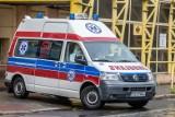 Mężczyzna zmarł w karetce przed szpitalem w Siemiatyczach. Nie było wolnego respiratora (zdjęcia)