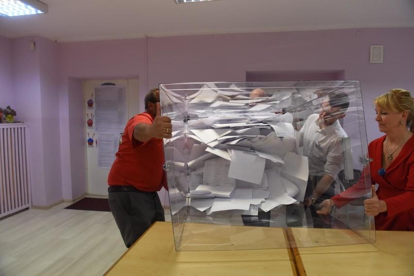 Wybory do Senatu 2019. PiS złożyło protesty ws. przeliczenia głosów w dwóch okręgach