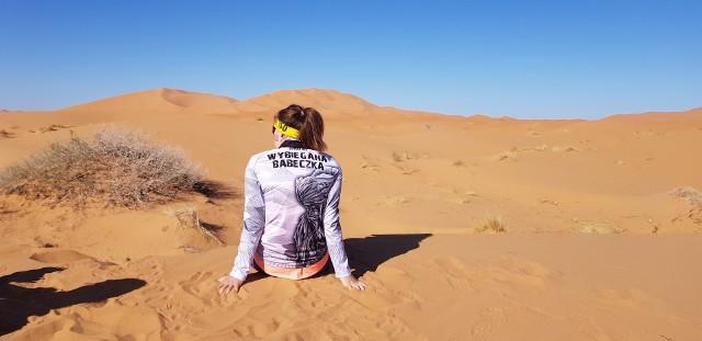 Laura Bagińska ze Świebodzina pokonała ekstremalny i morderczy bieg Runmageddon Sahara. Przebiegła 120 km po pustyni w ekstremalnych warunkach.