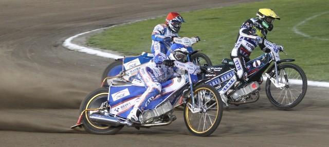 Cichym bohaterem tego meczu był Joonas Kylmaekorpi (kask niebieski).