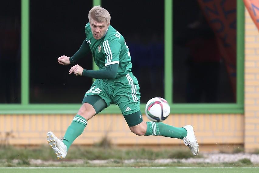 Trener Romuald Szukiełowicz widzi w Tyszczence wartościowego konkurenta do gry na prawej obronie dla Pawła Zielińskiego