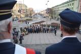 8. rocznica katastrofy smoleńskiej. Wojewódzkie obchody pod pomnikiem przy kościele św. Rocha w Białymstoku