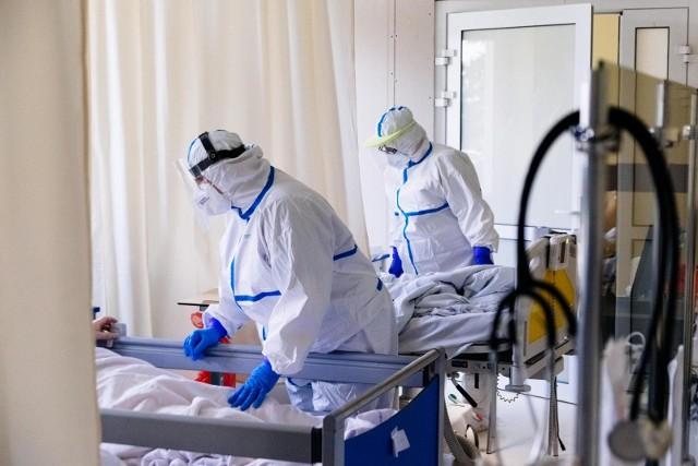 Wraz ze wzrostem liczby łóżek covidowych rosną też koszty funkcjonowania szpitali.