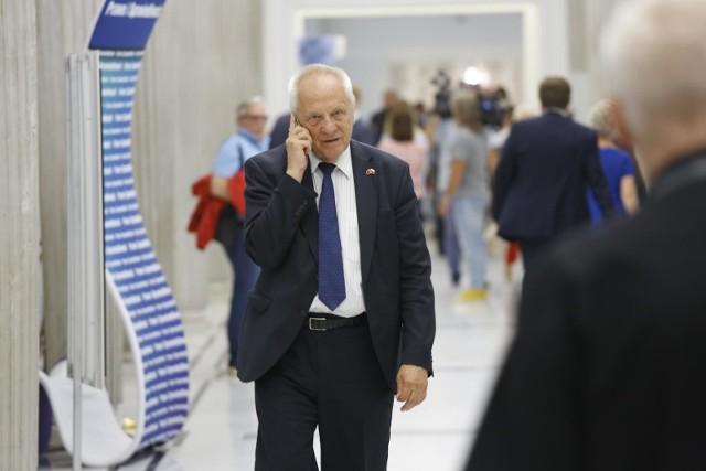 Do marszałka Sejmu trafił wniosek o uchylenie immunitetu posłowi Stefanowi Niesiołowskiemu.