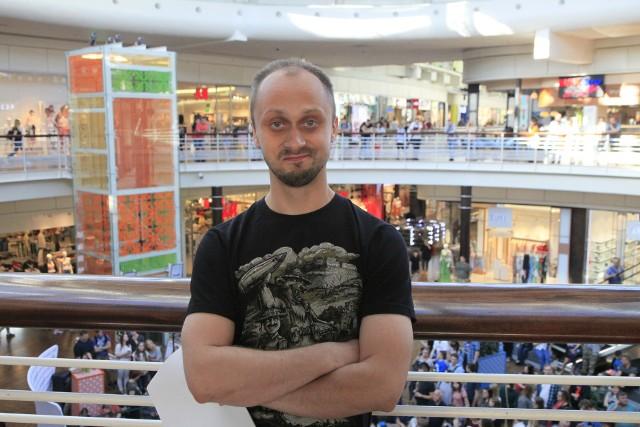 Spotkanie z historykiem Wojciechem Drewniakiem w Empiku w łódzkiej Manufakturze