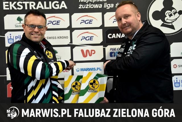 Wojciech Domagała, prezes zielonogórskiego klubu i Marcin Wiśniewski, szef firmy Marwis.pl.