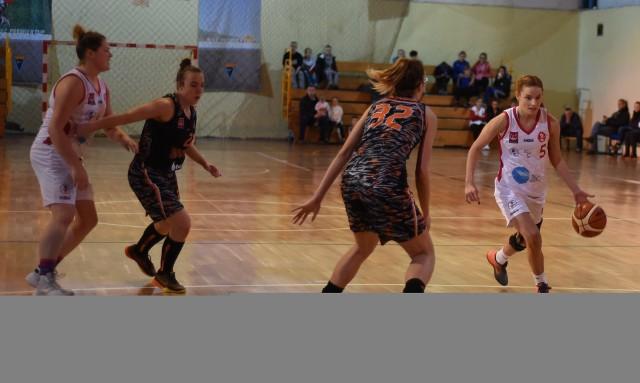 Koszykówka jest bardzo popularna w Aleksandrowie