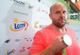 Piotr Małachowski przekaże srebro olimpijskie na cele charytatywne.