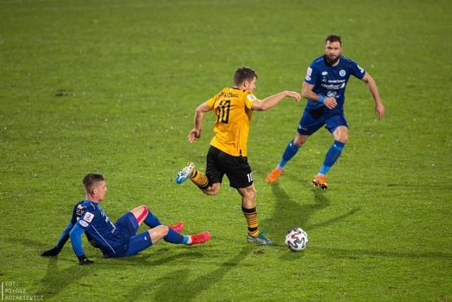 Josip Soljić (z prawej) zdobył pierwszego gola w barwach Wigier