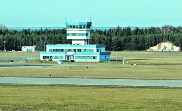 Port Lotniczy w Kosakowie nieprędko przyjmie jakikolwiek samolot