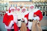 Zobacz, co Mikołaj robi z brodą
