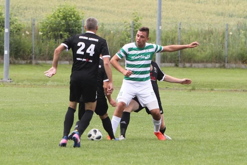 Piłkarze z Trzebowniska wrócili do klasy O. Nowy sezon rozpoczęli wysoką wygraną nad Sokołem.