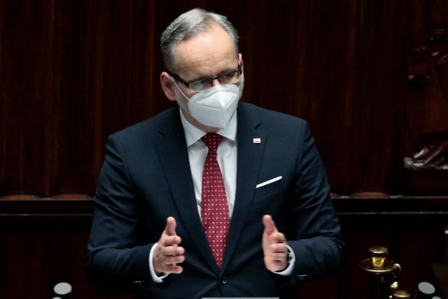 - Z całą pewnością można już powiedzieć, że III fala słabnie- poinformował minister zdrowia.