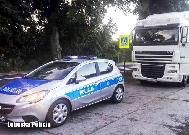 Kierowca ciężarówki miał we krwi dwa promile alkoholu.