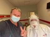 Marek Posobkiewicz, lekarz pochodzący z Szydłowca zakażony koronawirusem. Pilnie potrzebuje osocza krwi od ozdrowieńców!