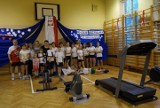 Łódzcy uczniowie uczcili 100-lecie odzyskania niepodległości przez Polskę: pieśnią, przemarszem, polską kuchnią....