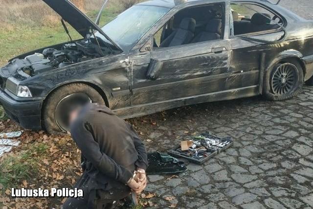 28-letni kierowca nie zatrzymał się do kontroli. Policjanci ruszyli za nim w pościg