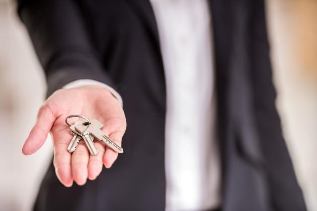 Użyczenie nieruchomości pozwala korzystać z niej bez opłat, wiąże się jednak z pewnymi obowiązkami.