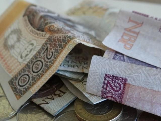 Danuta Sz. za kradzież prawie 750 tys. zł z Biura Obsługi Oświaty Samorządowej dostała tylko dwa lata w zawieszeniu na pięć