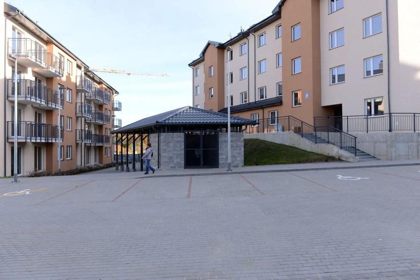 W poniedziałek, 26.10.2015 r. pierwsi lokatorzy odebrali klucze do mieszkań komunalnych przy ul. Madalińskiego