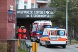 Minister: Nikt nie umarł. Szpital z Wrocławia: U nas 4 osoby