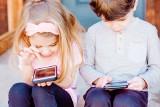 Gdyńska podstawówka wprowadza zakaz korzystania z telefonów. Na czym polega nowy zapis w statusie Szkoły Podstawowej nr 11?