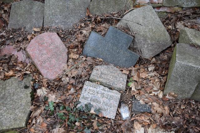 Cmentarz przy ul. Chmielnej w Zielonej Górze. Stan na luty 2020 r.