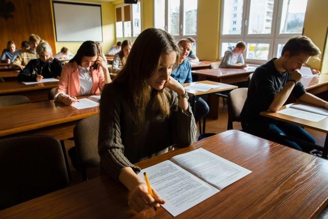 Matura próbna z języka polskiego w I Liceum Ogólnokształcącym w Białymstoku