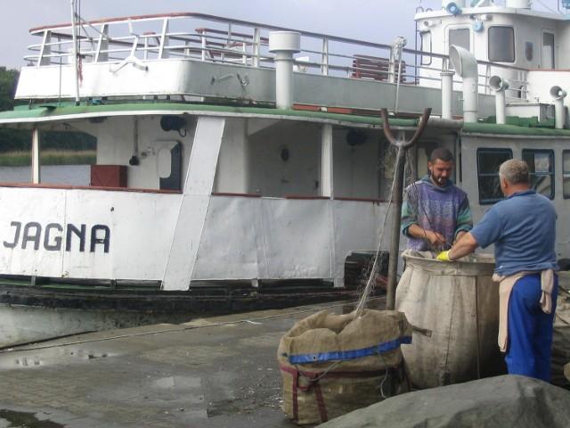 Rybakom nie podobają się rządowe plany komunalizacji portów.
