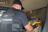 Kierowca ukrywał pod łóżkiem 110 litrów nielegalnego alkoholu!