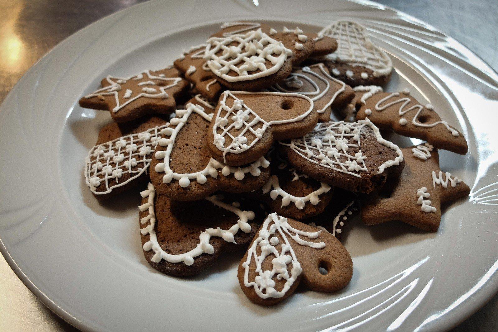 Przepis Na Pierniki świąteczne Jak Zrobić Domowe Pierniczki