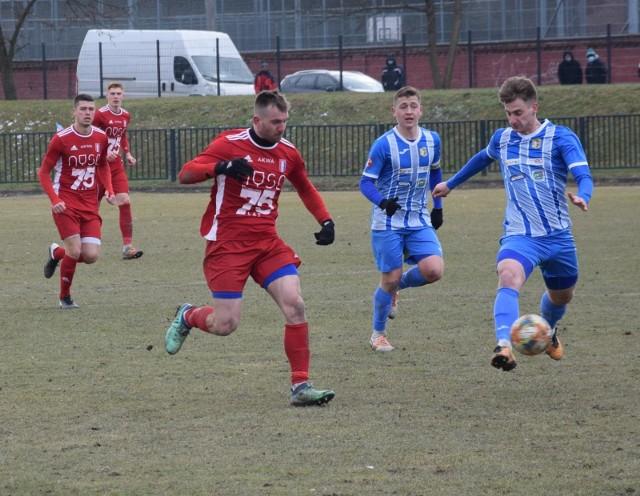 Spośród przedstawicieli Opolszczyzny w 3 lidze piłkarskiej, po zakończeniu 29. kolejki najwięcej powodów do radości mieli gracze Polonii Nysa. Swój punktowy dorobek nieznacznie powiększyła też Stal Brzeg.