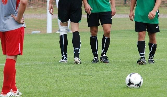 W weekend 25-26.09.2021 grają świętokrzyskie ligi piłkarskie.