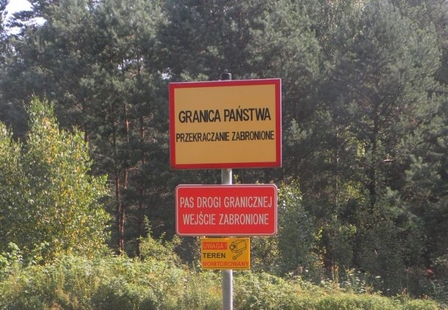 Białoruscy pogranicznicy odstawili grzybiarkę do Kuźnicy.