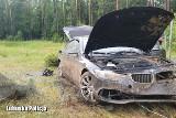 27-latek rozbił kradzione BMW na autostradzie A2 i rzucił się do ucieczki. Uciekiniera namierzył sulęciński dzielnicowy
