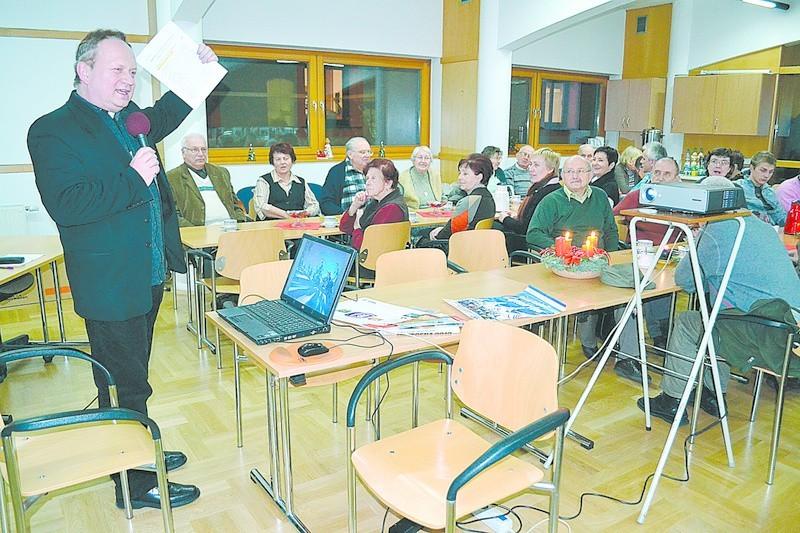 Pod nieobecność prof. Remigiusza Pośpiecha wykład zaprezentowałks. dr Piotr Tarlinski.