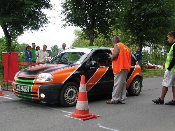 Startujące samochody będą podzielone na pięć klas, w zależności od pojemności silnika.