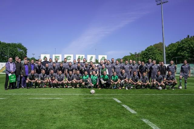"""""""Gramy dla Szuta"""" to akcja charytatywna środowiska piłkarskiego dla zmagającego się z chorobą nowotworową Marka Szutowicza, trenera Jaguara Gdańsk"""