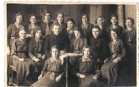 Członkowie Katolockiego Stowarzyszenia Młodzieży z Łubiany