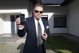 5 tysięcy euro i 15 tysięcy złotych za pomoc w złapaniu Artura Walasa. Komendant powiększa nagrodę