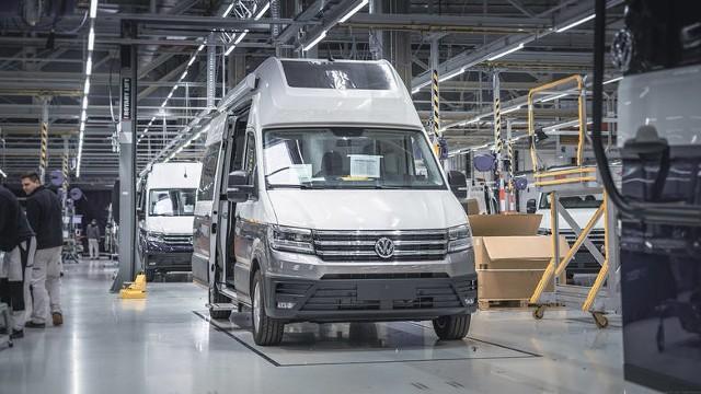 Wstrzymanie produkcji w Volkswagen Września. Co z wypłatami dla pracowników?